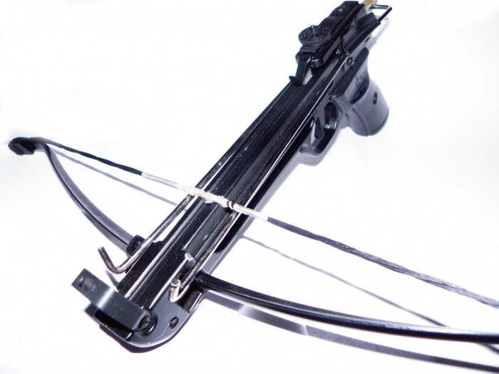 pistol-crossbow