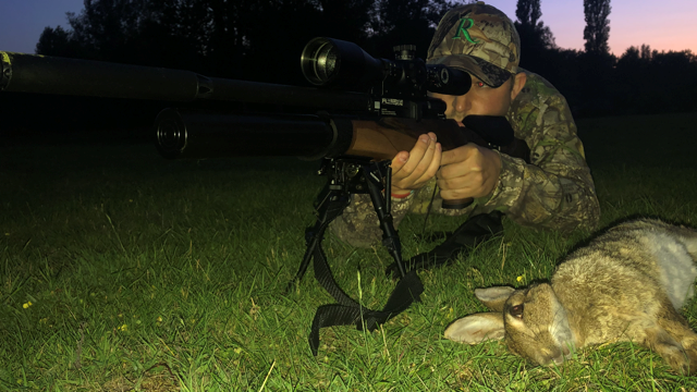 Rabbit Shooting with the R10TH and London Armoury Scope