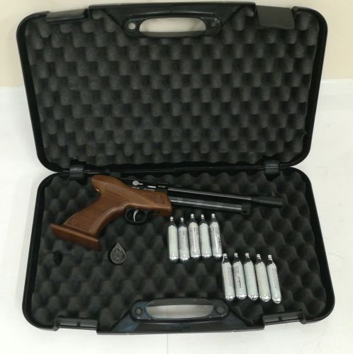 SMK Victory CP1-M w/ Hard Case - .22 Pellet - Second Hand