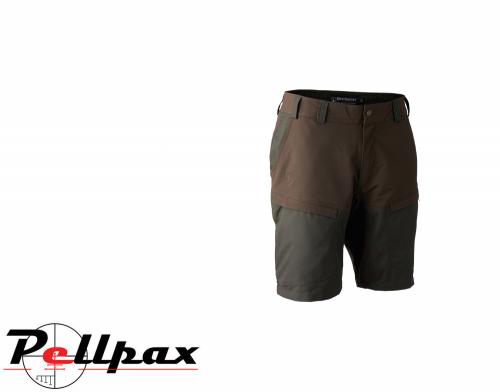 Strike Shorts in Deep Green by Deerhunter